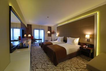 Ramada Hotel & Suites Merter - Istanbul