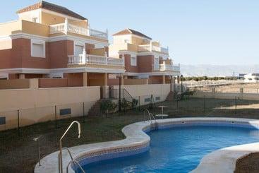 Apartamentos Playamar - Roquetas de Mar