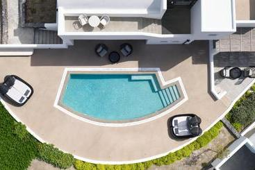 Santo Maris Oia Luxury Suites & Spa - Santorini