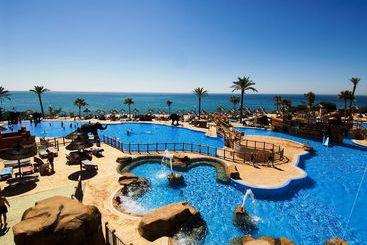 Holiday World Resort - بينالمادينا