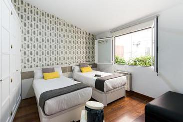 Apartamentos Roisa Centro