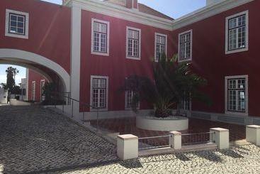 Casa Do Médico De São Rafael - Sines