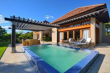 The Villas at Cap Cana by AlSol