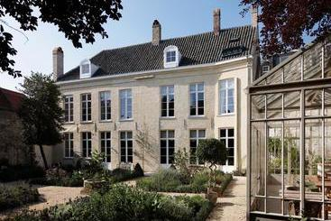 B&b De Corenbloem Luxury Guesthouse  Adults Only - Bruges