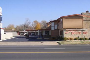 Super 8 motel winfield quail ridge area en winfield destinia for Winfield motors wichita ks