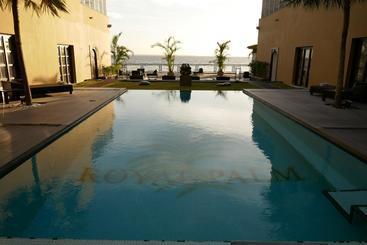 TUUKY GABON - Libreville