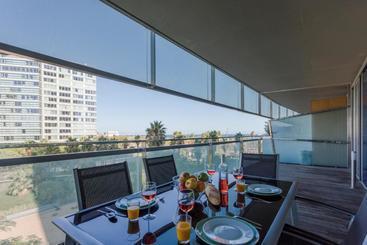 Unique Rentalsseafront Luxe Suites - Barcelone