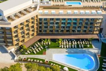 Golden Costa Salou  Adults Only 4 Sup - La Pineda