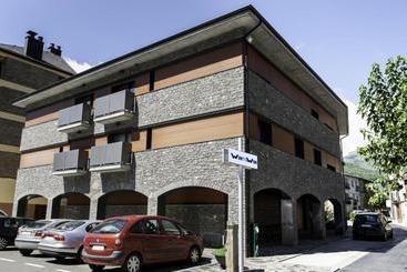 Wintuwin Apartments - Rialp