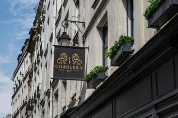 Charles V - - Párizs
