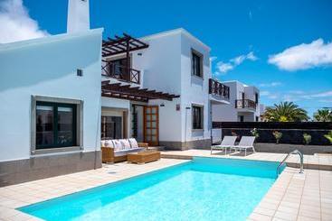 Villas Playa Blanca Beach Mate - Playa Blanca