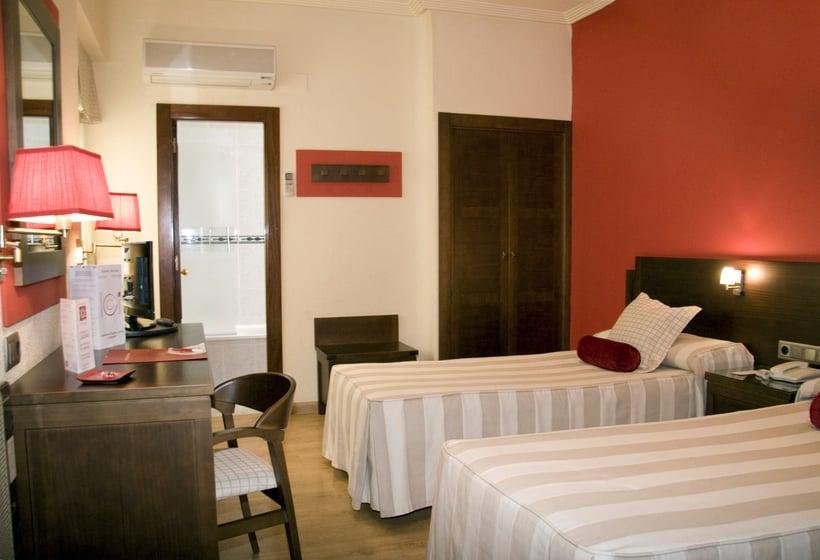 Hotel costasol en almer a desde 20 destinia - Costa sol almeria ...