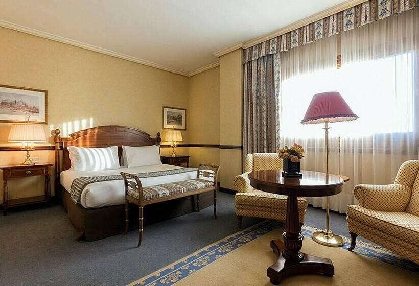 Hotel Exe Reina Isabel Avila Spain