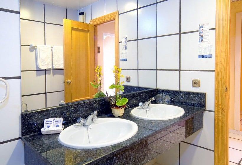 Cuarto de baño Hotel Magic Cristal Park Benidorm
