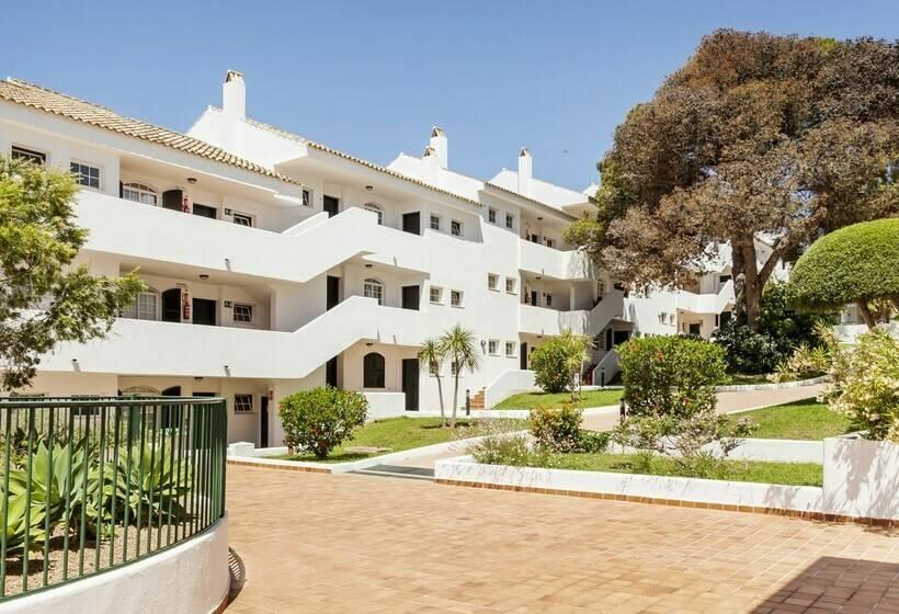 Aparthotel Ilunion Menorca En Cala Galdana Destinia