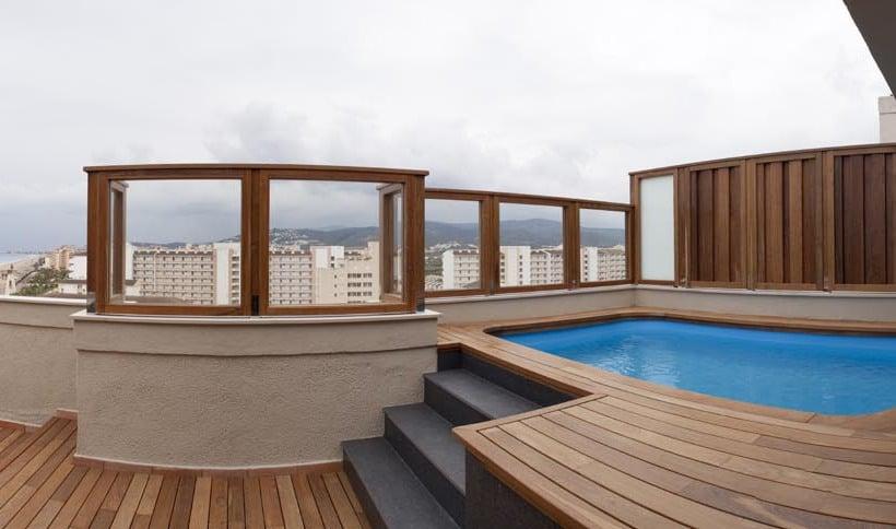 Aparthotel acualandia en pe scola destinia - Hoteles en castellon con piscina ...
