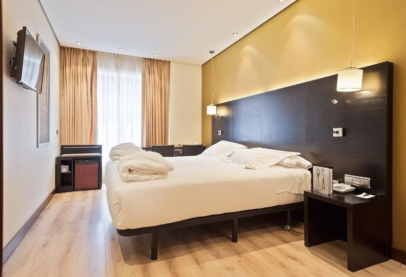 Exterior Hotel Abba Reino de Navarra Pamplona