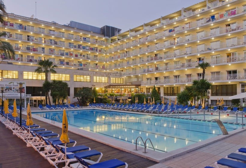 Hotel ght oasis park spa en lloret de mar destinia for Hoteles en lloret de mar con piscina climatizada