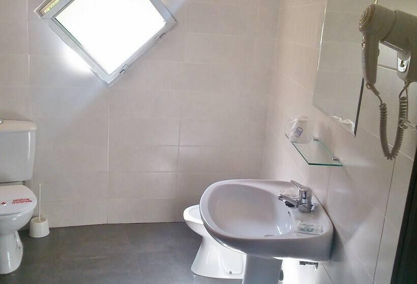 Cuarto de baño Hotel Kristal Torremolinos