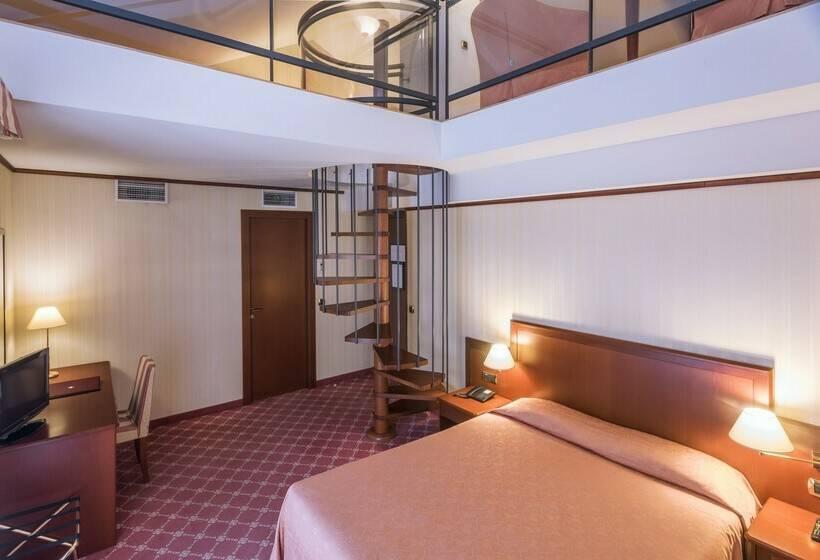 Hotel Andorre La Vieille Avec Jacuzzi Enredada