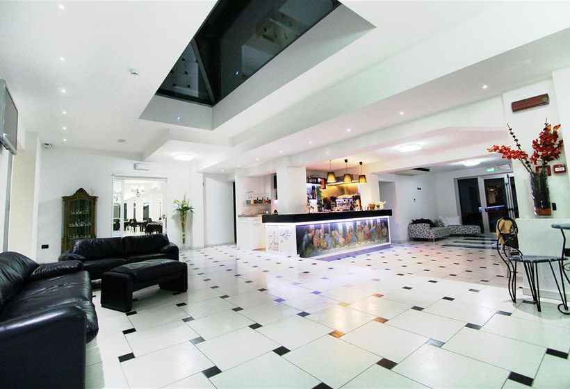 Hotel leonardo cesenatico las mejores ofertas con destinia - Bagno florida cesenatico ...
