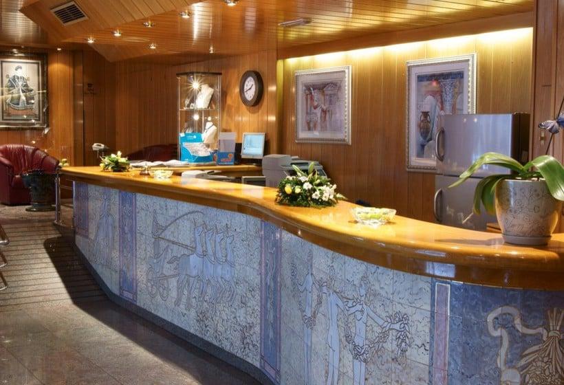 Recepción Hotel Imperial Atiram Sant Julia de Loria