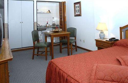 Art Deco Hotel & Suites - room photo 3284334