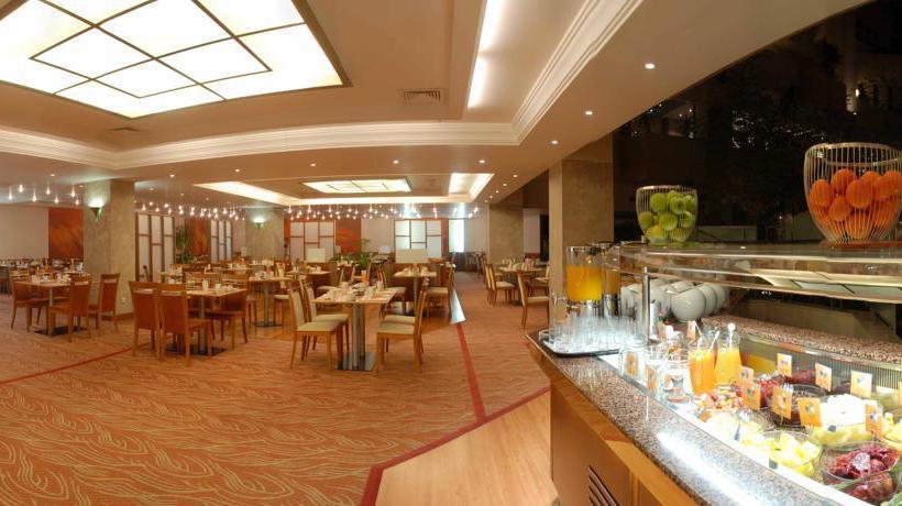 Hilton prague hotel en praga desde 47 destinia for Hoteles en praga