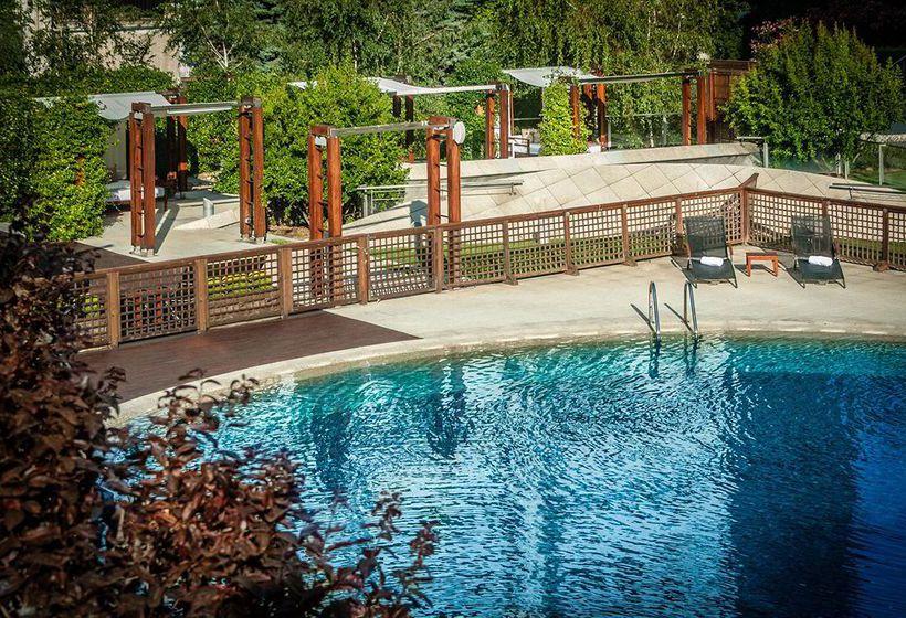 Hotel eurostars suites mirasierra en madrid destinia for Piscina 29 de abril telefono