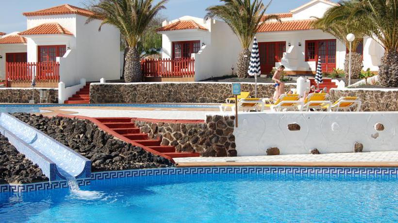 Piscina Complejo Bungalows Castillo Beach & Castillo Beach Park Caleta de Fuste