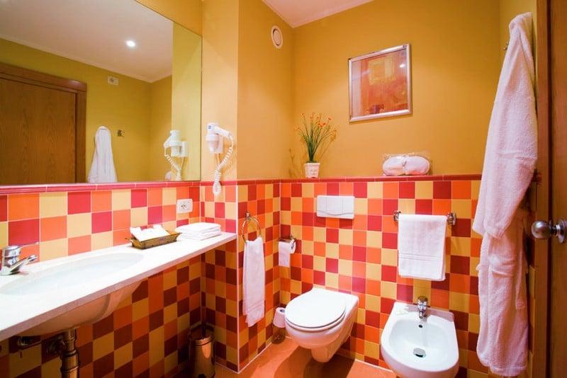 Cuarto de baño Hotel Fenix Family Roquetas de Mar