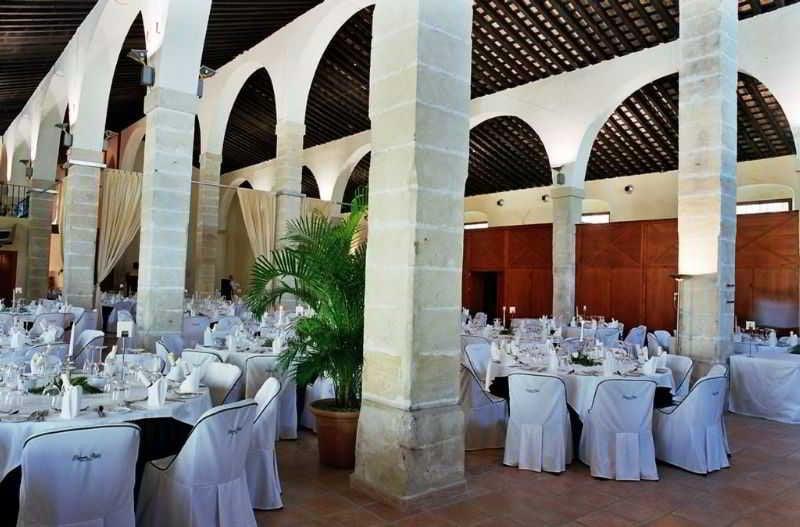 Hotel Palmera Plaza En Jerez De La Frontera Destinia