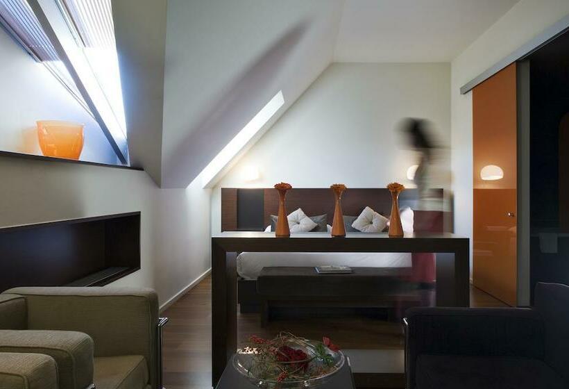 Hotel 987 design prague en praga desde 39 destinia for Hotel 987 design prgue