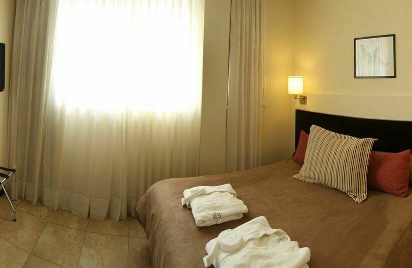 Hotel Dock De Mar Carilo