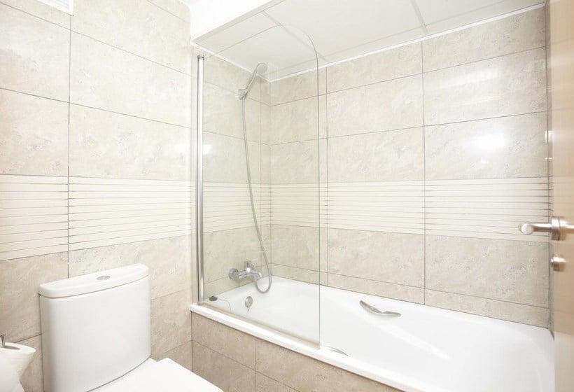 Cuarto de baño Apartamentos Ibersol Spa Aqquaria Salou