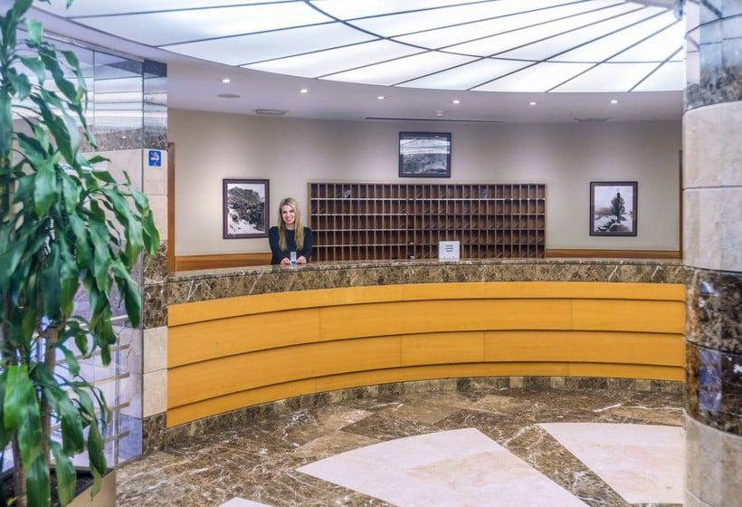 Recepción Hotel & Apartahotel SERHS Cosmos Les Escaldes-Engordany