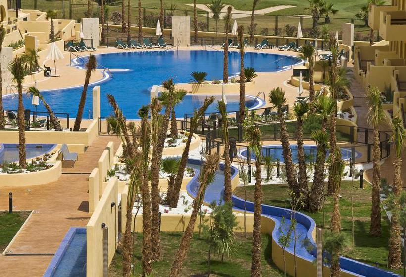 Senator mar menor golf spa resort en los alc zares for Piscina los alcazares