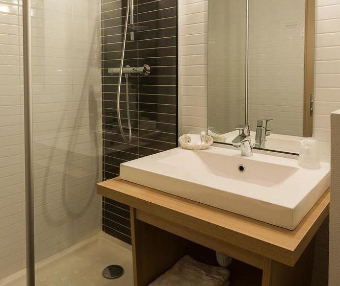 best western hotel paradou mediterranee en sausset les