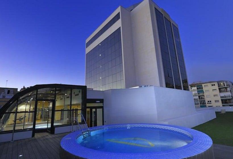 Piscina Hotel Abba Granada