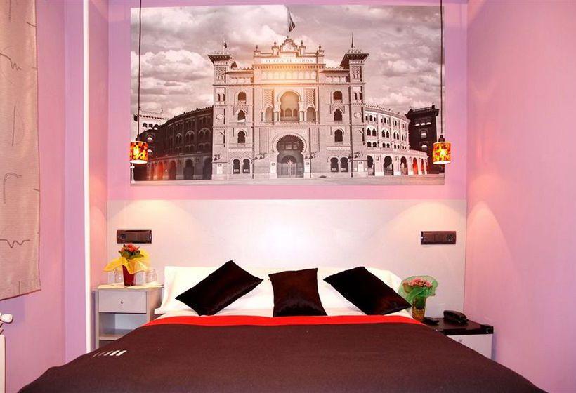 Hotel jc rooms puerta del sol en madrid destinia for Hoteles puerta del sol baratos