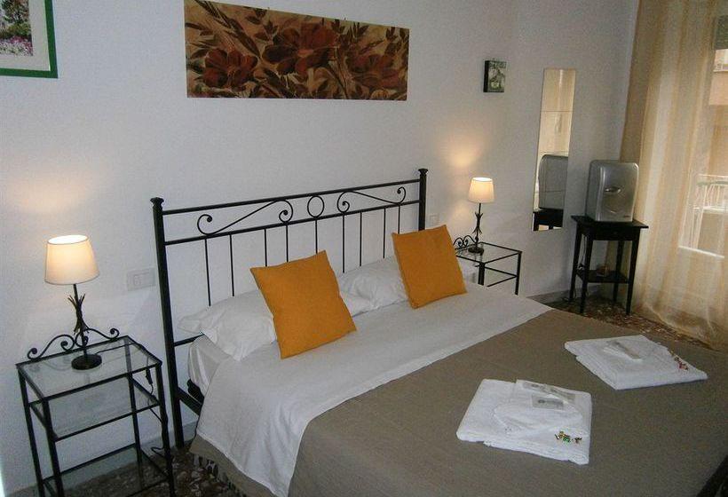 Hotel le mille e una roma en trevignano romano destinia for Hotel mille rose roma