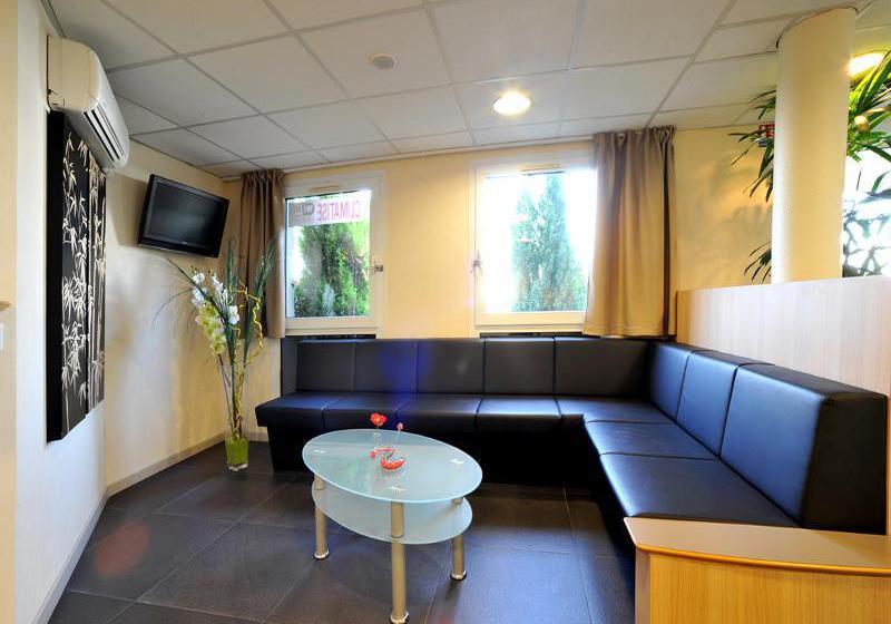 inter hotel nantes saint herblain en saint herblain destinia. Black Bedroom Furniture Sets. Home Design Ideas