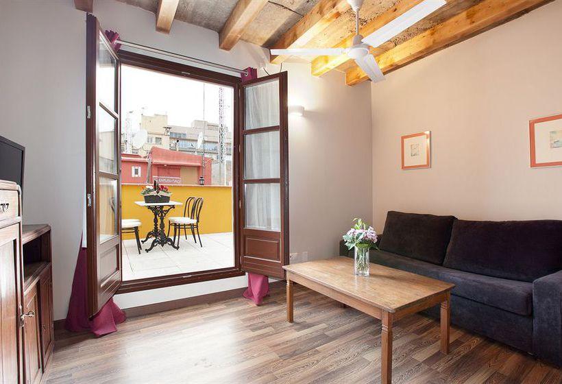 Apartamento barcelona next door gothic window en barcelona - Apartamento barcelona vacaciones ...