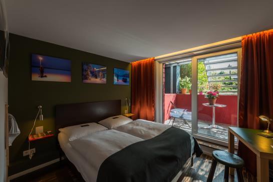 hotel das kleine schwarze garni en hamburgo destinia. Black Bedroom Furniture Sets. Home Design Ideas
