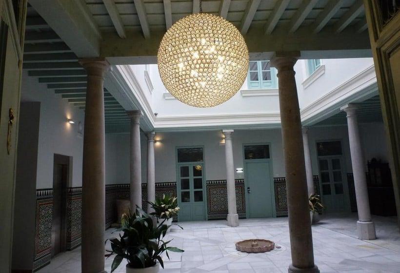 Zonas comunes Apartamentos Palacio Cabrera Lillo Granada