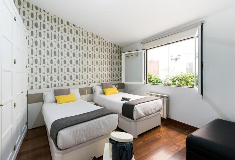 Habitación Apartamentos Roisa Centro Madrid