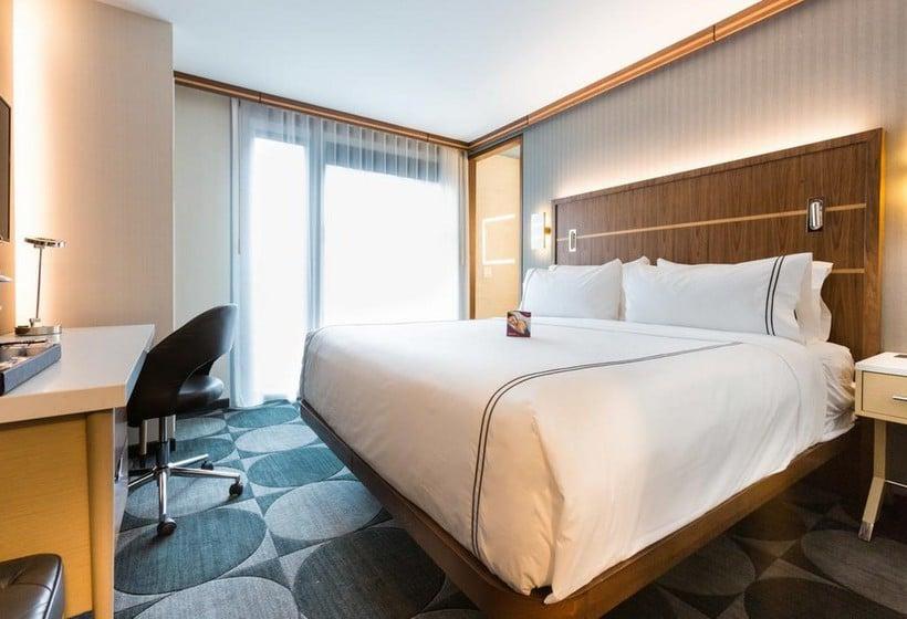Hotel Crowne Plaza Hy36 Midtown Manhattan In New York Starting At 45 Destinia