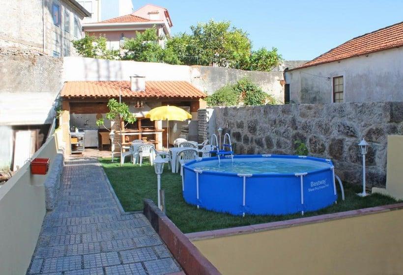 Hostal Monte Carlo Love Porto Guest House Oporto